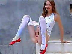 luxury peening of super skinny chick video