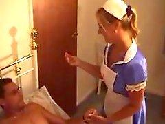 Británicos : - Enfermera - le da de Tre ...