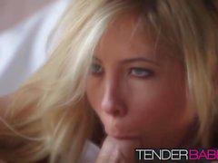 Таша Рейн начала свой день при слабом светом утреннего секса