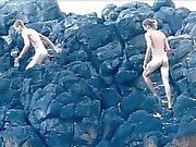 Los niños buenos los homosexuales que buscan de rosca en la playa de