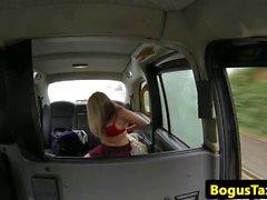 Anal gefickt brit Felgen cabbie in den Rücken