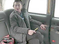 Grosse tette amatoriali puttana bionda viene inchiodato nel sedile posteriore