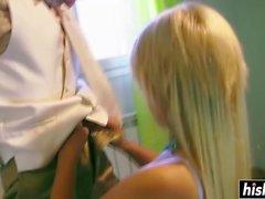Curvy Blondine Pamela Sanchez wurde gebohrt