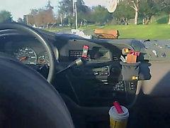 aliado gal Branco no carro
