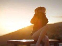 Pôr do sol em Malibu na arte filme provocante