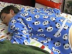 VIDEO GAY Si tratta di mattina di Natale e il in Giordania Ashton risveglia al
