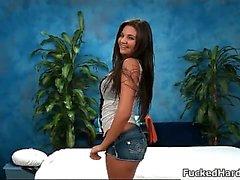 Chica morena Bañera pone cachonda mostrar otra1