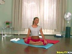 European gymnast Amirah Adara gives double blowjob