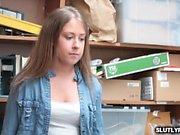 Brooke Bliss ağzına bir LP Memurları horoz alır