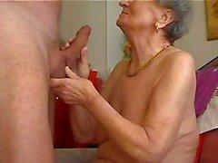La nonna piace del flauto uno