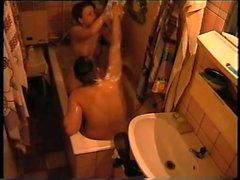 Sexy aikuiselle couple having vittua käymälä