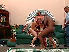 De Jade Caramba la abeja la mujerzuela 7