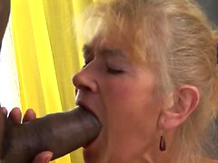 Horny granny wants to get blacked