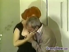 Зрелая Redhead Sucking Cock Классик
