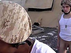 Недвижимость геев пола новости армейские ххх Срок , чтобы иметь дело с новым мясом