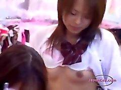 Lady escritório Fodido Com Troca de Papéis Enquanto pé por uma estudante na parte de trás da lingerie Sho