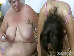 Nasty oude vrouw krijgt haar kut dildo part4
