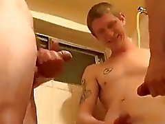 Homosexuell Burschen Platz für weitere Pissen Jungen ?