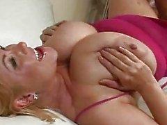 Busty и сексуальный Саманта 38 г Gett ...