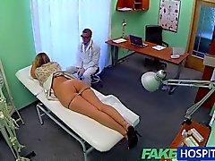 FakeHospital - enfermera encuentra expuesta de Rusia
