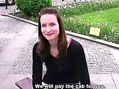 ARRESTO Cagna - il 25 - anni ragazza ceca con figa dalle belle