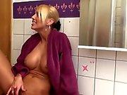 Saksa vaaleat Fucked poikaystäväni pesutupa