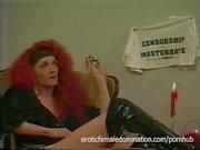 Redhead Crossdresser falar sobre sua orientação sexual