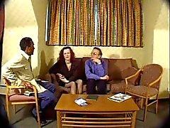 Amateur Brit Wife accepte d'effectuer une porno !