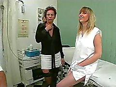 médico faz nenhum exame simples