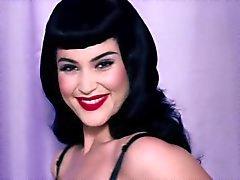 A gema Arterton - Sendo Betty o photoshoot