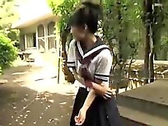 Panties Flashing Japonya Schoolgirls