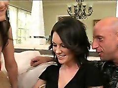 Bent and sexy Audreys övertygade henne att tveksam till hubby Bevilja av