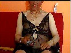 Granny 78 yo en cam minun