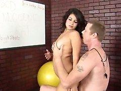 18yo baby sitter foder com seu treinador
