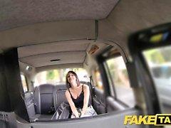 Faux taxi fan de taxi obtient finalement tristement célèbre coq