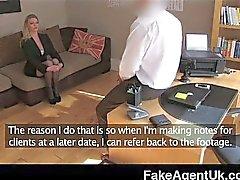 FakeAgentUK - stoklaması bürünmüş lüks Seksi anneler casting