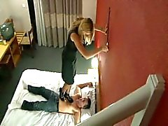feet sniff french