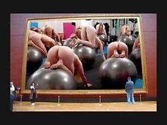 Naked Ass Art Gallery 15 von Mark Heffron