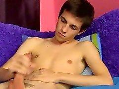 Сексуальный геем Коннор Брэдли сократился на нашем студии для поспешных ма