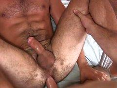 Muscle Homosexuell Analsex und abspritzen
