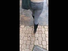 Ass 27 (Jeans ve yüksek topuk çizmeler) izleyin