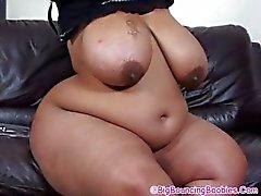 Shanice Большое Бути на диване