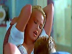 Charlize Theron hete scènes in 2 Days In The V