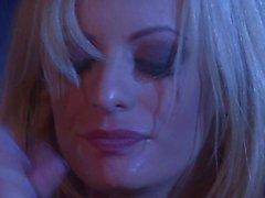 Секс в большом неведении с красивыми блондинкой Бурная Daniels