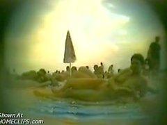 Hiddem камеры при нудистский пляж
