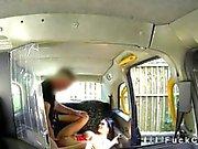 Pierced pussy amateur fucks in a cab