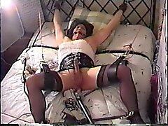 PKO Neiti Christi orjuudessa ja nai anaali laite