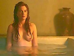 Spartacus : Lucy Lawless ja Viva Bianca yläosattomissa
