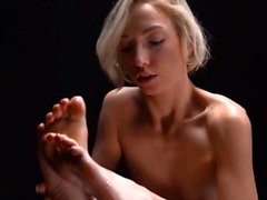 Teen handjob I should never have tried to run away. But