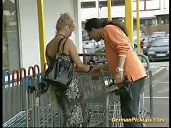 Stepmom aufgenommenen für die anale Gießen
